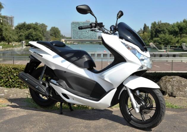 Honda PCX 150 - model 2012